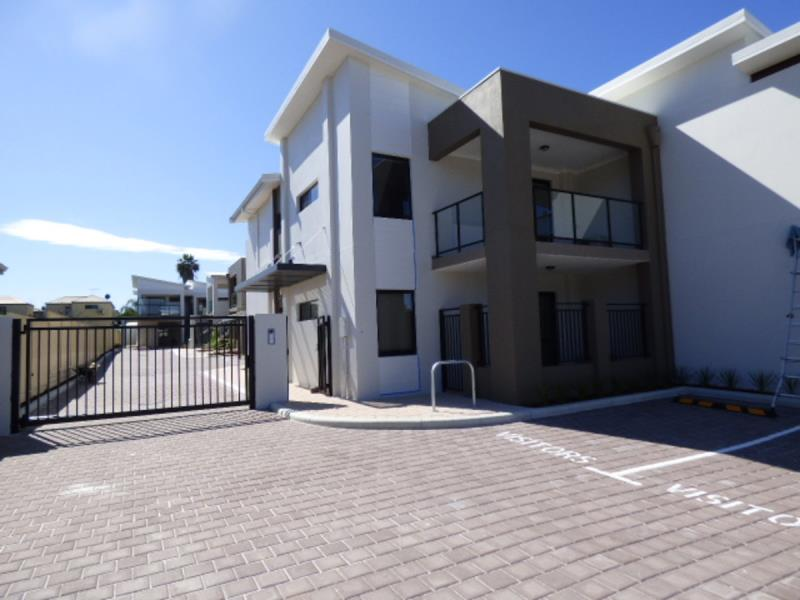 Leased in 7/73 Hardey Road, Belmont